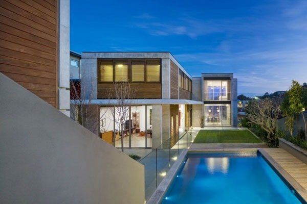 The-Clovelly-Residence-Contemporary-and-Elegant-House-Design -1