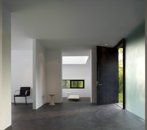 Black-White-Residence-by-David-Jameson-Architect-7