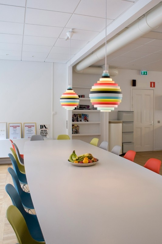 Colourful-lamps-from-Svenssons-i-Lammhult-2