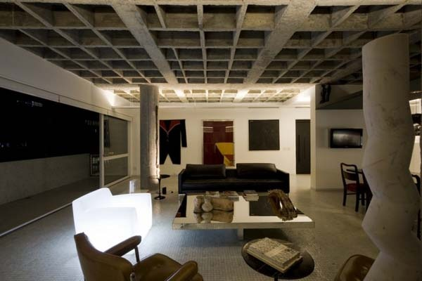 Contemporary-apartment-in-Sao-Paulo-shared-by-father-and-son-7