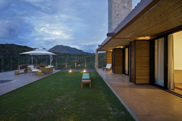 Contemporary-Mountain-House-by-David-Guerra-Architecture-7
