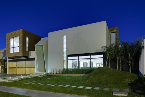 Cube-House-by-Arquitectura-en-Movimiento-2