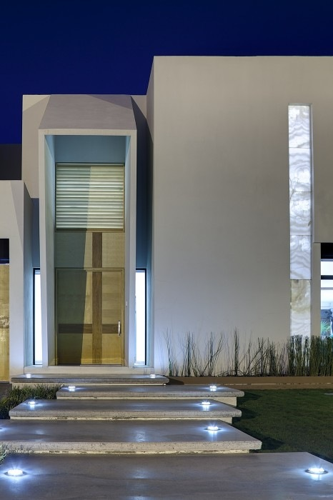Cube-House-by-Arquitectura-en-Movimiento-3