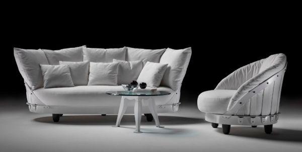 Eloisa-Romantic-Sofa-by-Tobia-Scarpa-2