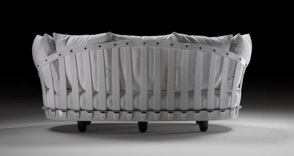 Eloisa-Romantic-Sofa-by-Tobia-Scarpa-3