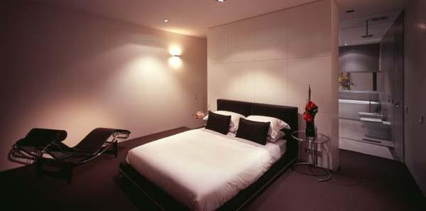 Excellent-symmetric-home-in-Melbourne-Australia-13