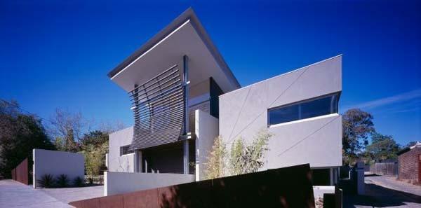 Excellent-symmetric-home-in-Melbourne-Australia-3