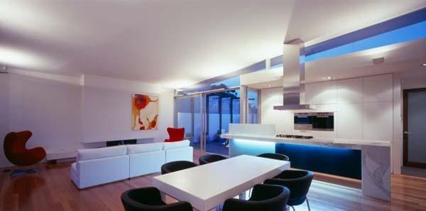 Excellent-symmetric-home-in-Melbourne-Australia-4