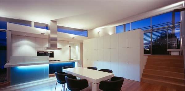 Excellent-symmetric-home-in-Melbourne-Australia-6