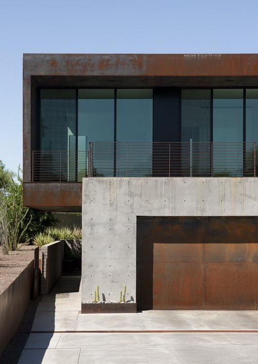 Fantastic-rough-and-luxurious-Yerger-Residence-2