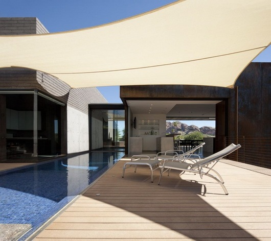 Fantastic-rough-and-luxurious-Yerger-Residence-6