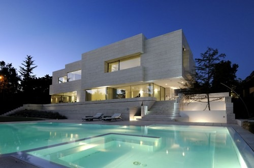 House-in-Pozuelo-de-Alarcn-by-A-cero-Architects-2
