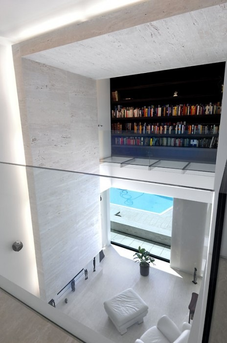 House-in-Pozuelo-de-Alarcn-by-A-cero-Architects-7