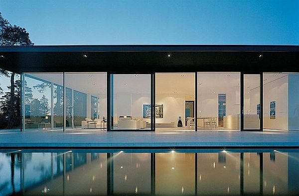 James-Bond-House-Stunning-Swedish-Villa-With-Lake-Views-5