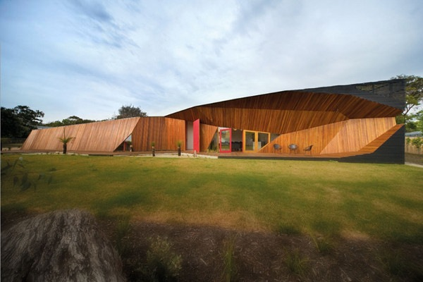 Letterbox-House-in-Blairgowrie-Australia-by-McBride-Charles-Ryan-2