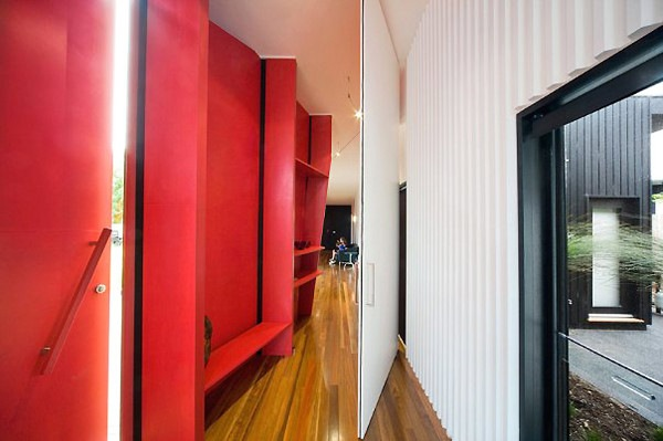 Charming ... Letterbox House In Blairgowrie Australia By McBride Charles  ... Great Pictures