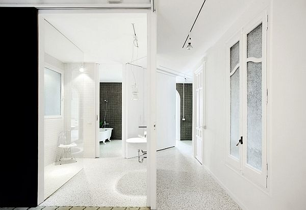 White-Renovated-Apartment-in-Barcelona-by-ARQUITECTURA-G-8