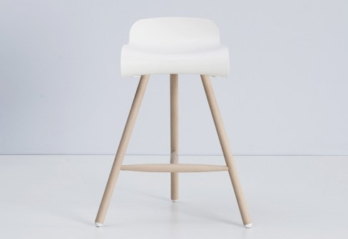 BCN-Stool-by-Harry-Camila-for-Kristalia-3