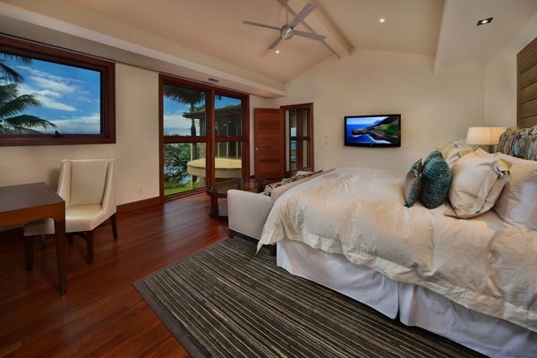 Luxury-Hawaii-Villa-by-Arri-Lecron-10
