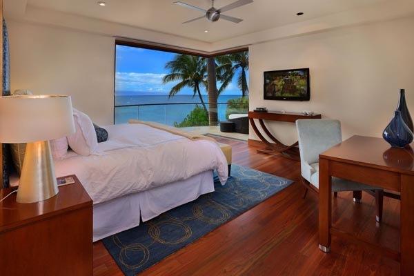 Luxury-Hawaii-Villa-by-Arri-Lecron-13