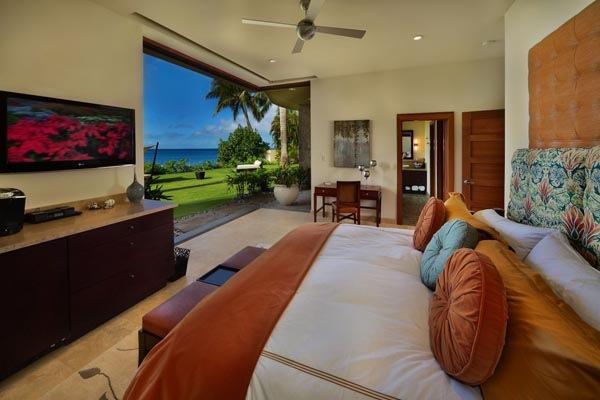 Luxury-Hawaii-Villa-by-Arri-Lecron-16