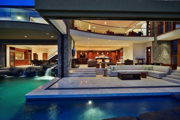 Luxury-Hawaii-Villa-by-Arri-Lecron-5