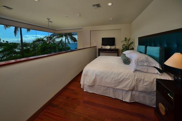 Luxury-Hawaii-Villa-by-Arri-Lecron-6