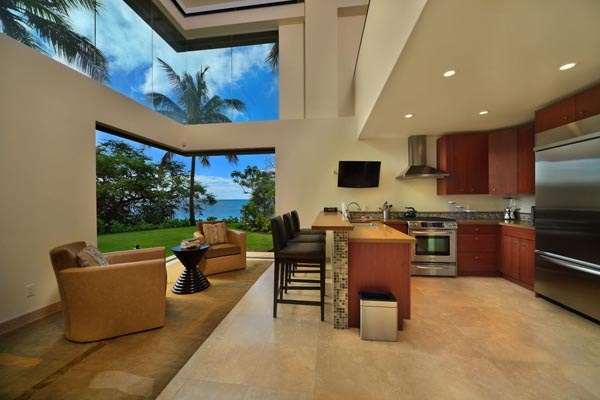 Luxury-Hawaii-Villa-by-Arri-Lecron-7