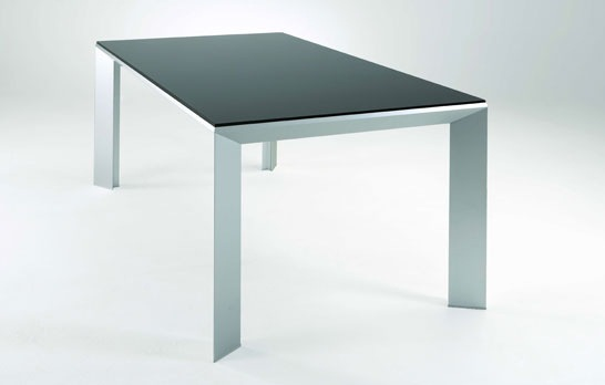 Practical-Extendable-Frame-Table-from-Ozzio-6