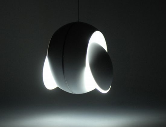 Solar-Eclipse-Lamp-from-Igendesign-6-5