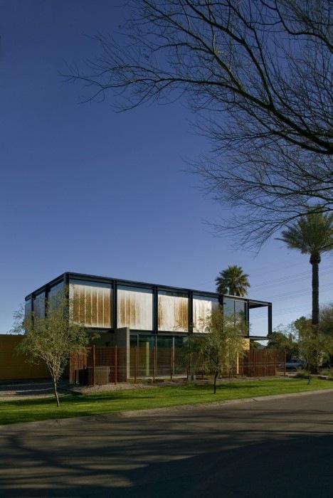 Sosnowski-Residence-by-Chen-Suchart-Studio-14