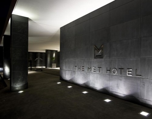 The-Met-Hotel-by-Zeppos-Georgiadi-Architects-1