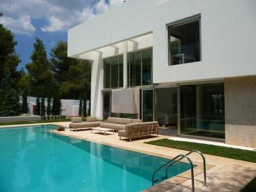 Wide-Open-Villa-by-KLab-Architects-14