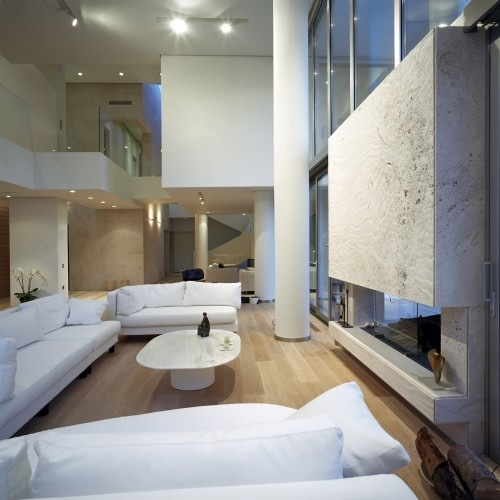 Wide-Open-Villa-by-KLab-Architects-3