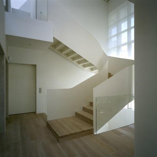 Wide-Open-Villa-by-KLab-Architects-6