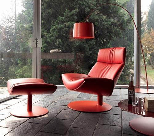 Elegant-and-Comfortable-Chair-by-Desiree-Kara-4