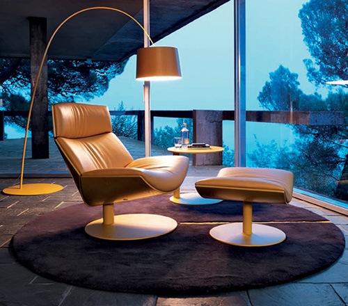 Elegant-and-Comfortable-Chair-by-Desiree-Kara-5