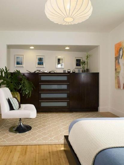 Green-Design-in-a-Modern-Apartment-by-Lori-Dennis-6