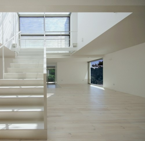 House-in-Meco-by-Jorge-Mealha-Architects-4